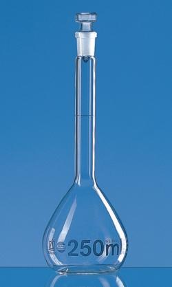 Messkolben, Borosilikatglas 3.3, Klasse A, blau graduiert, mit Glas-Stopfen