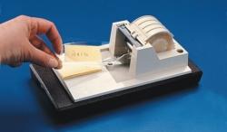 Etikettenschutz-Klebeband, PES, und Klebeband-Abroller, ABS Faust Laborbedarf AG Onlineshop
